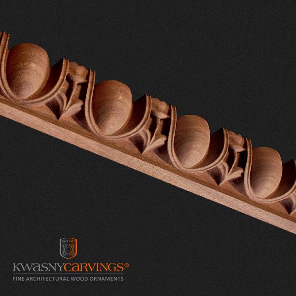 Stuckleisten aus Holz auf Holzdecken